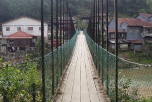 Kolong Pahat Hanging Bridge